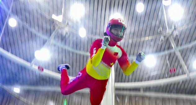 2019年全国室内跳伞冠军赛在河南省航空运动管理中心上街机场开赛